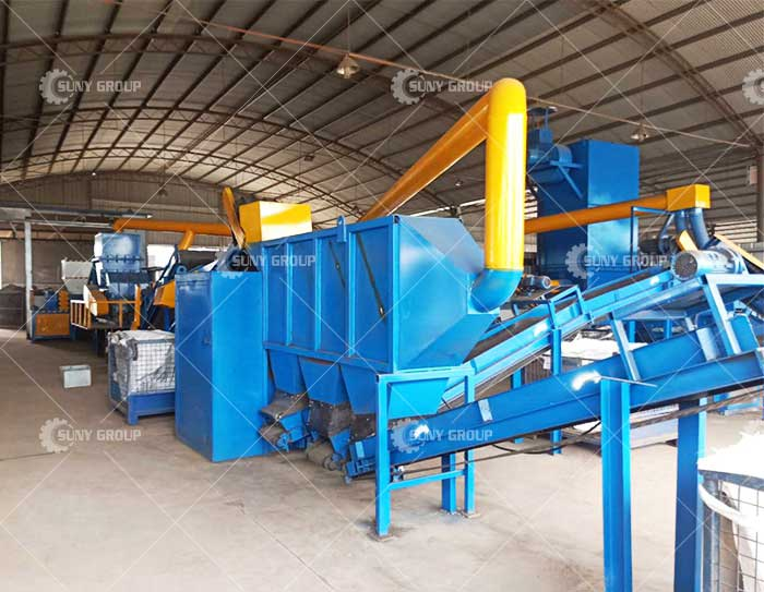 Waste radiator recycling machine